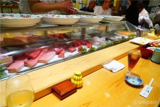 カウンターのお寿司屋さん