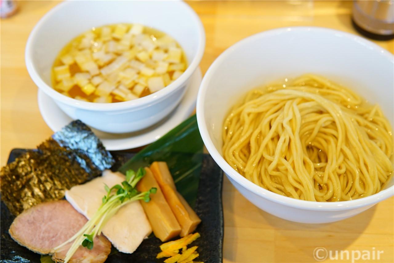 地鶏と魚介の昆布水つけ麺 白醤油